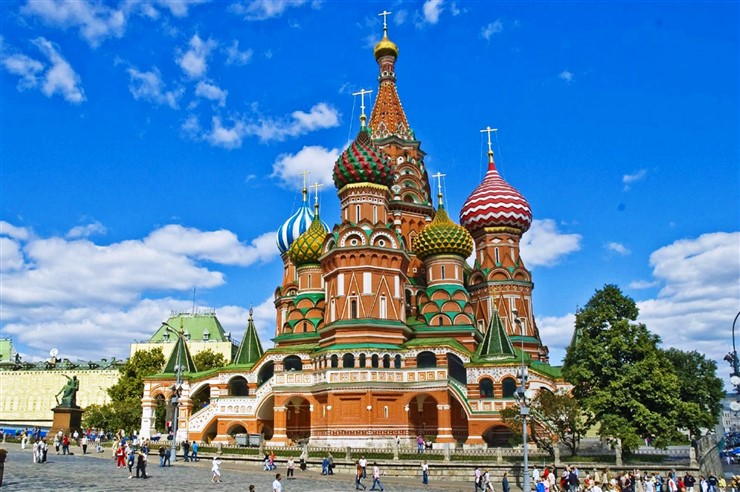 Moscow Saint Basils Cathedral. Photo Courtesy pompei-hotels.com