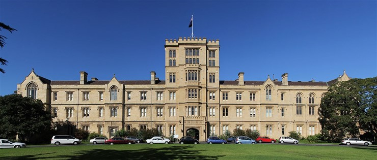 University of Melbourne (Queen's College). Photographer Donaldytong