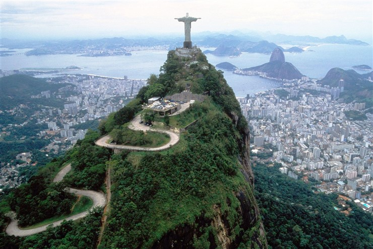 Sugarloaf Mountain, Brazil. Source aquella Scalia