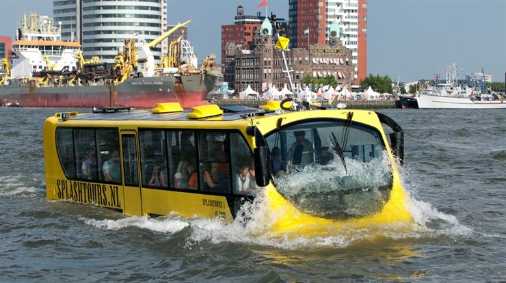 Splashtours in Rotterdam, Netherlands. Image source http://www.netherlands-tourism.com/splashtours-rotterdam/