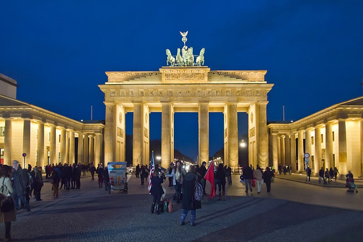 Berlin Brandenburger Tor Abend, German Tourist Visa